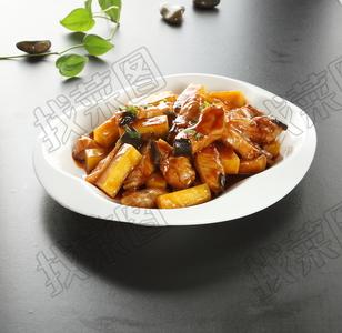鳇鱼烧土豆 - 找菜图