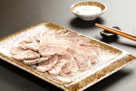 凉拌牛肉 - 找菜图