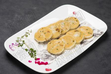 韭香绿色煎鱼饼 - 找菜图