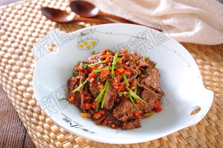 小炒黄牛肉 - 找菜图