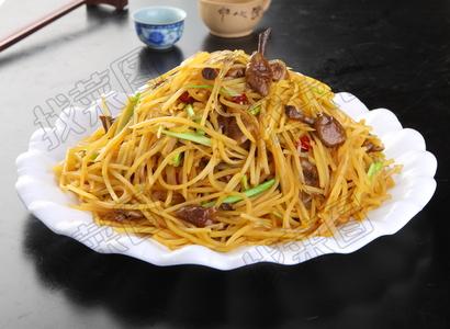 黄蘑土豆丝炒粉 - 找菜图