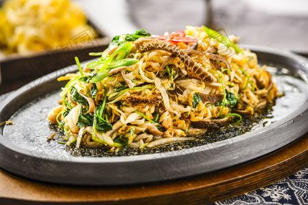 铁板草原羊肚煸酸菜 - 找菜图