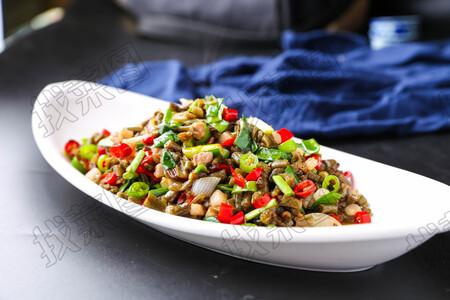 杭椒肉粒酸豆角 - 找菜图