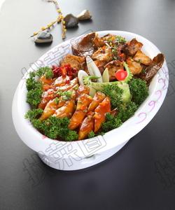 黄鱼烧土豆 - 找菜图
